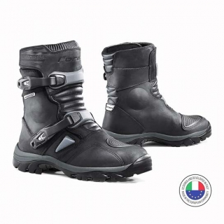 Forma Adventure Low Boots-Black